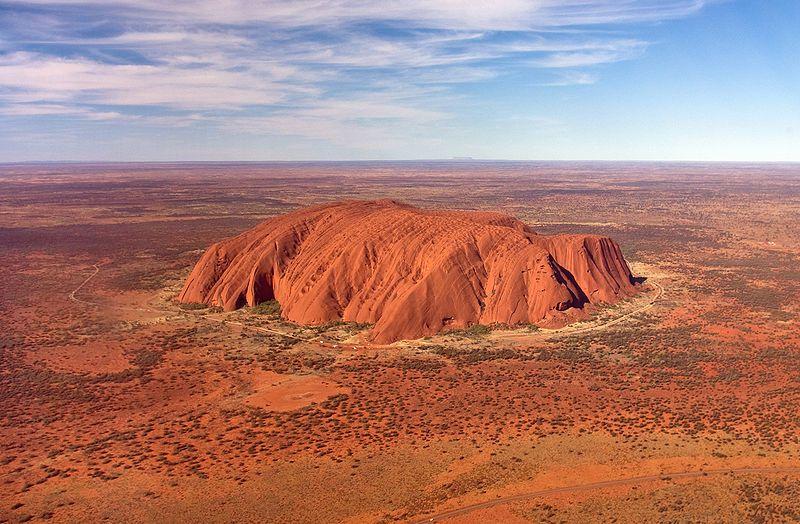 Formacja Uluru © Corey Leopold, Creative Commons